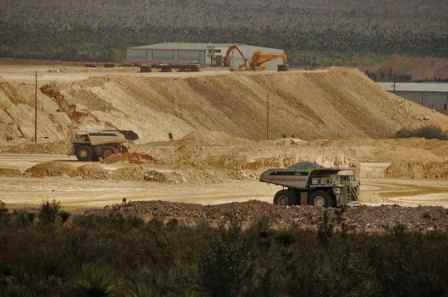 Poder ejecutivo señaló que Carga impositiva efectiva de sector minero ascendería a 43%
