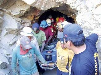 Proponen  crear Organismo Público Descentralizado para promover formalización minera