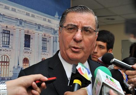 Oscar Valdés cree importante revisar distribución de canon minero al interior de las regiones