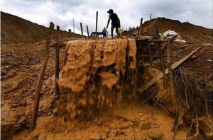 Tras rescate exitoso de mineros, Jefe de Estado insta a la formalización en el sector