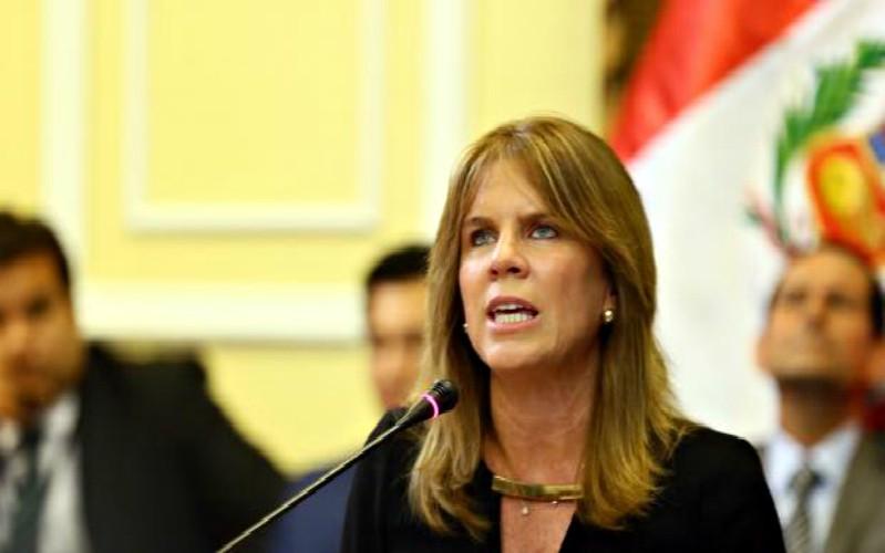 Ministra de Energía y Minas se reunió con gobernadores regionales