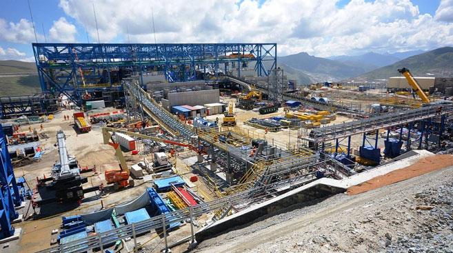 proinversion-anuncia-tres-proyectos-mineros-impulsar-sector-anio-revista-costos