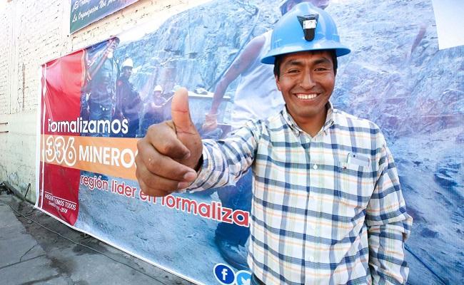 Arequipa formalizará a 500 mineros para abril próximo