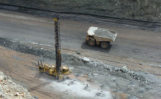 Questdor ejecutará seis propuestas en el proyecto de exploración minera Chololo