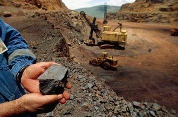 MEM: Hierro, molibdeno y estaño lideran producción metálica nacional en octubre
